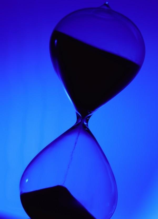时空寓意图片-商业图 瓶子