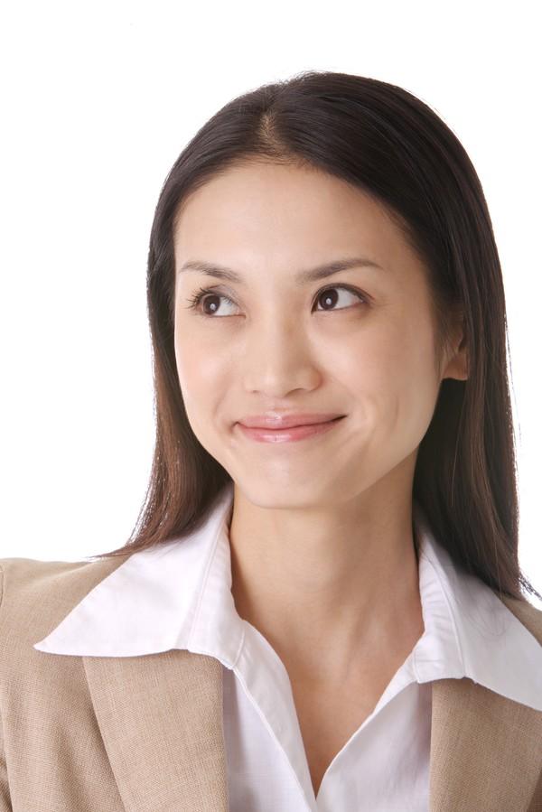人物人物特写表情图片-秘书图商业披肩发眼表笑点图微情片赞图片