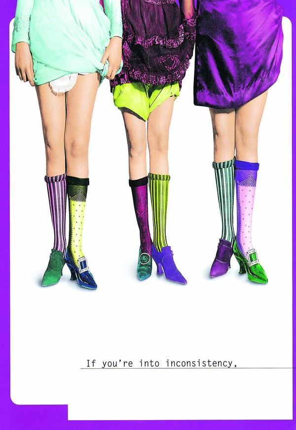 服装饰物图片 经典广告设计图 女性腿部 高跟鞋