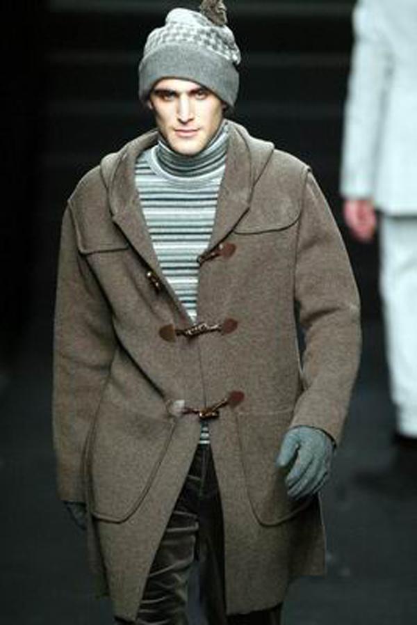 服装设计-巴黎2004男装冬季发布会 手套 挥手 师男