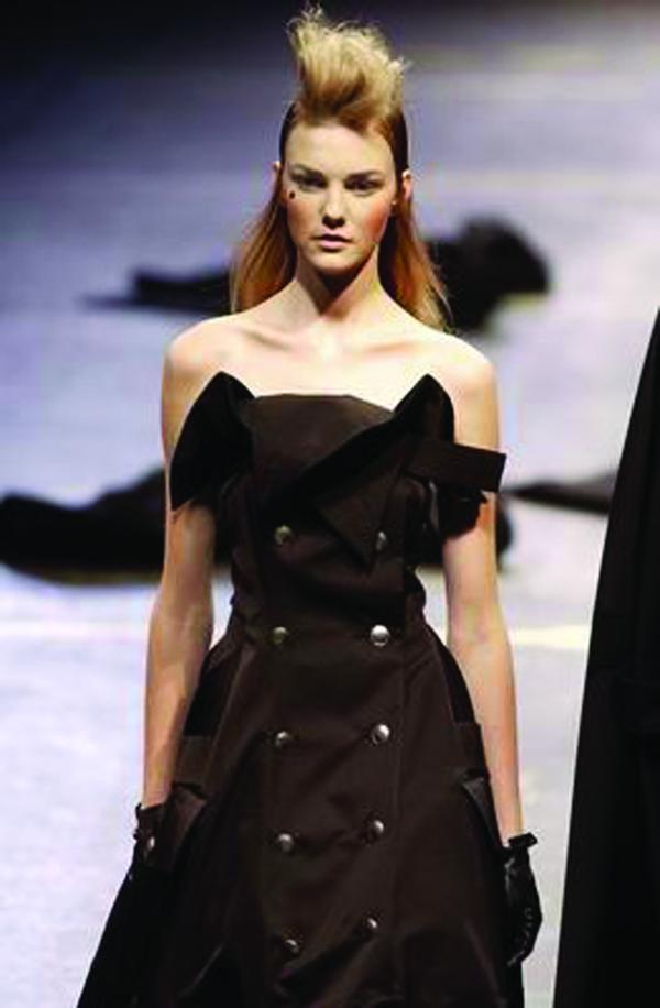服装设计-巴黎2004男装冬季发布会
