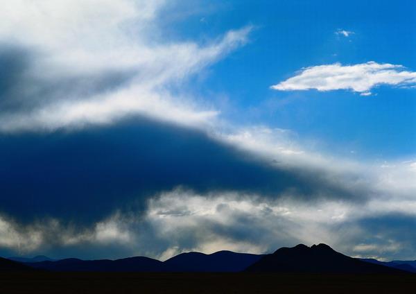 蓝天白云图片-自然风景图