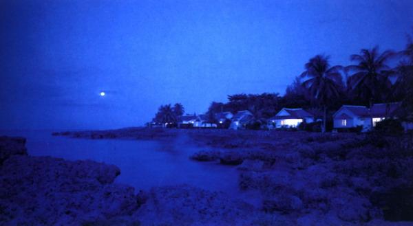 海湾 民居 月亮 夜间 石滩 自然世界-自然风景-自然风景,自然世界
