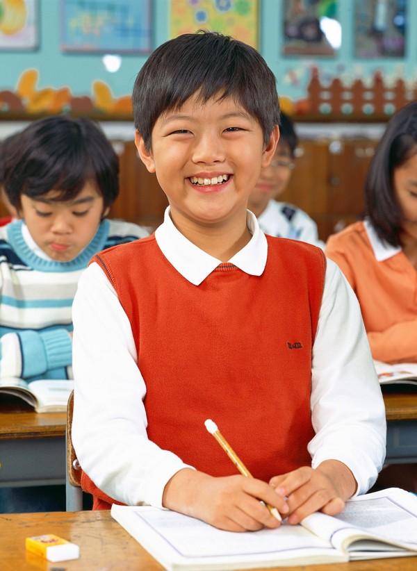小学教育笑脸-胖子图站立小书籍儿童,图片,小学教育儿童小学生看必图片