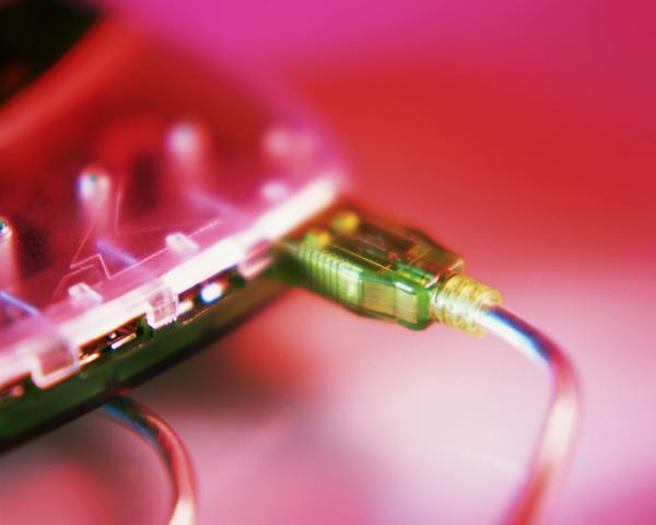 通讯剪影图片-科技图 电路板