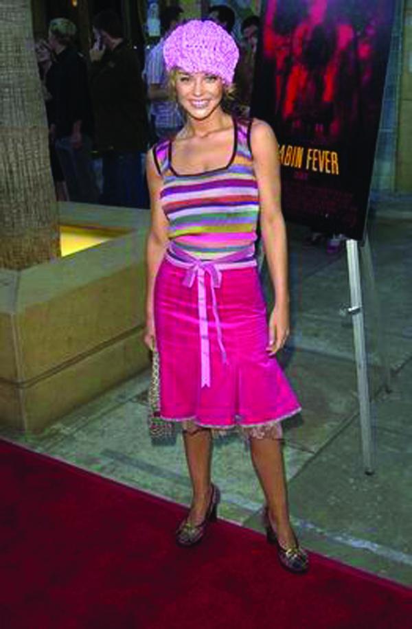 图片 服装设计图 服饰 国际明星 洋红裙子,服装设计,国际明星