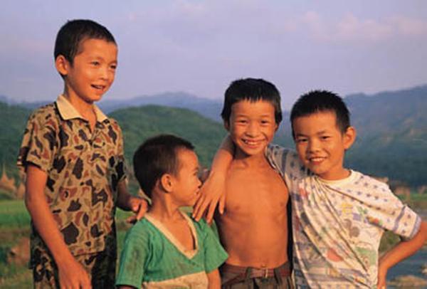 小学生 笑脸 孩子 民俗人物-中国图片-中国图片