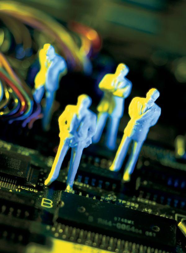 金钱交易图片-商业金融图 电路板 站立 小人,商业金融,金钱交易