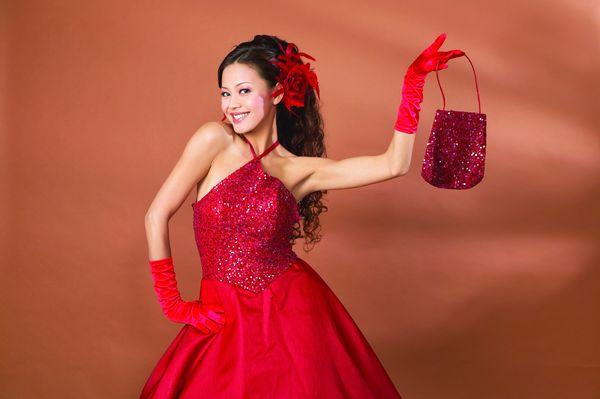 礼服造型图片-人物图 红色