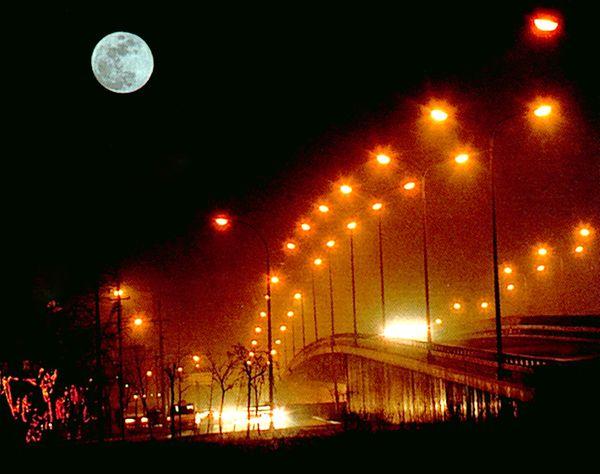 5093,八月十五空对圆月(原创) - 春风化雨 - 诗人-春风化雨的博客