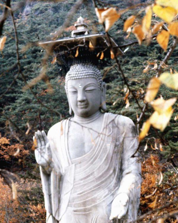 佛像雕刻图片 古代风景图